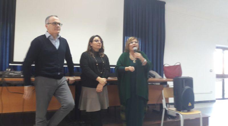 """CARIATI, CONSIGLIO COMUNALE DEI RAGAZZI: PRESENTATO IL PROGETTO AL """"PATRIZI"""""""